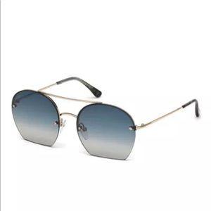 d190138e915 Tom Ford Antonia Cut Off gradient sunglasses
